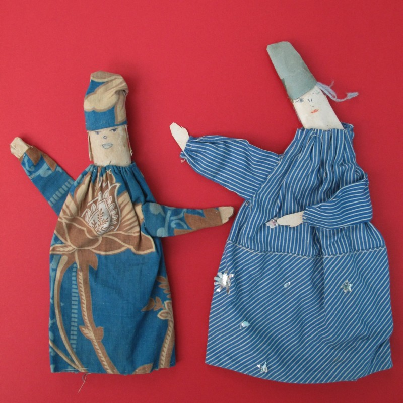 Charming vintage French finger puppets.