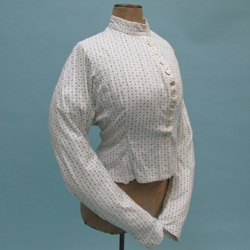 19th century printed cotton two-piece with a lovely acorn pattern.