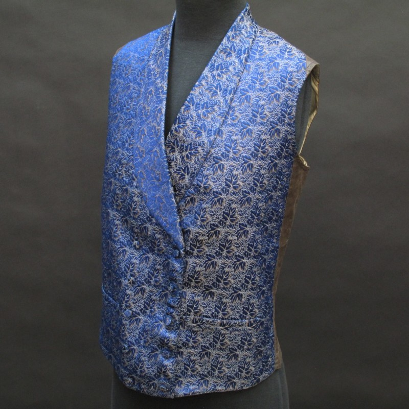 Very elegant man's woven silk 19th century waistcoat with a glazed cotton back. Sold