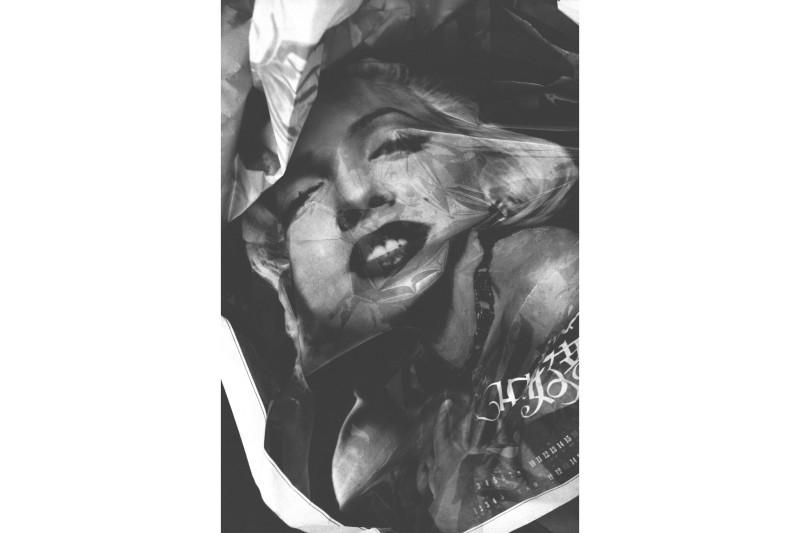 荣荣 RongRong,1996 No.7 北京 1996 No.7Beijing,明胶卤化银 Gelatin Silver Print