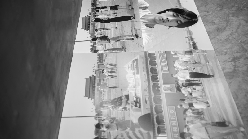 黄锐 Huang Rui,广场 The Square ,1996,摄影装置 Photography Installation,数字微喷,铝塑板,钢板 Inkjet Print, Aluminum Composite Panels, Steel