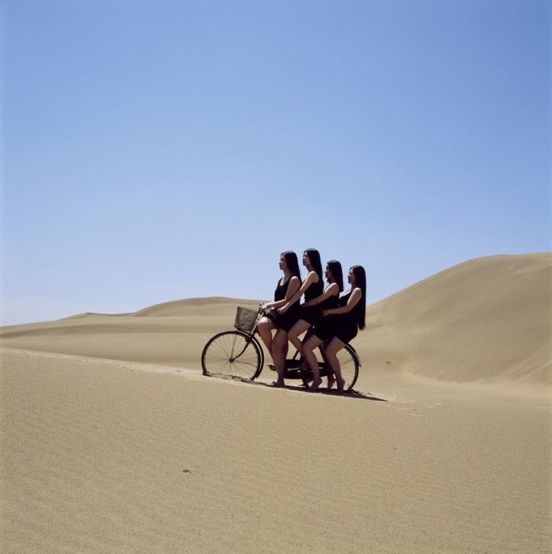 周一辰《无题》 Zhou Yichen Untitled 2011 - 2012