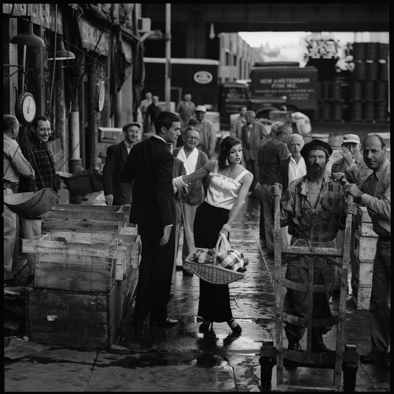 JERRY SCHATZBERG, FISH MARKET, 1958
