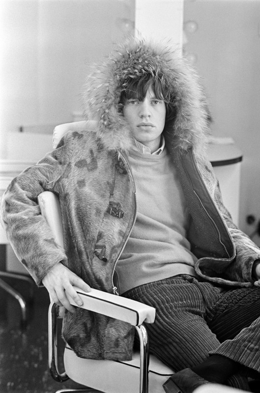 Terry O'Neill, MICK JAGGER WAITS IN HIS DRESSING ROOM BEFORE AN APPEARANCE ON 'READY STEADY GO!', LONDON, 1964