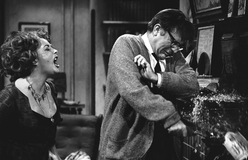 Bob Willoughby, ELIZABETH TAYLOR AND RICHARD BURTON ON THE SET OF 'WHO'S AFRAID OF VIRGINA WOOLF?', 1965