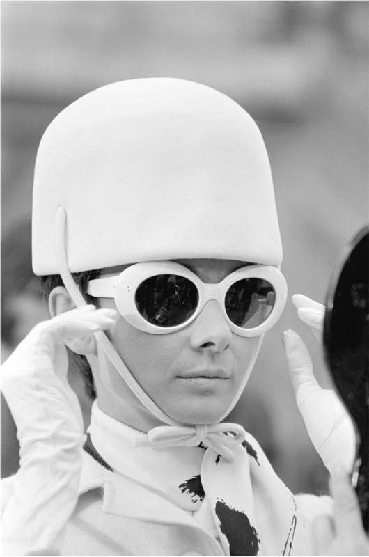 Terry O'Neill, AUDREY HEPBURN DURING FILMING FOR 'HOW TO STEAL A MILLION', PARIS, 1966