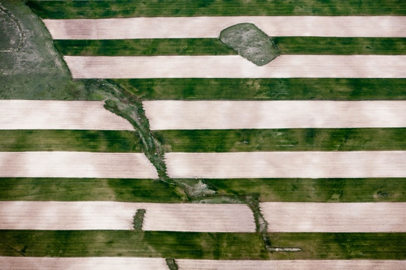 Alex Maclean, DRY LAND FARMING STRIPS AND LOW SPOTS, CHUGWATER, WYOMING, USA, 2008