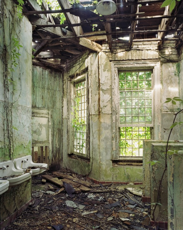 Christopher Payne, Bathroom, Central State Hospital, Milledgeville GA, From The Asylum Series, 2005