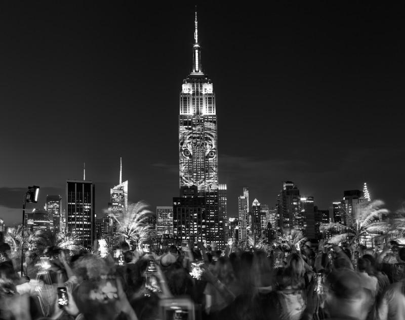 Matthew Pillsbury, PROJECTING CHANGE, EMPIRE STATE BUILDING, NEW YORK, 2015