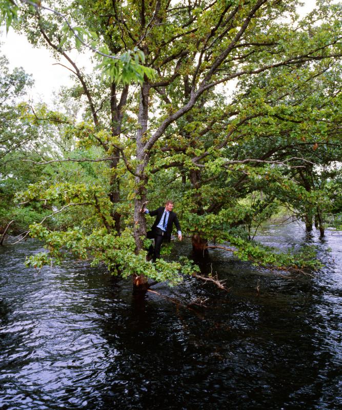Kerry Skarbakka, STRANDED, FROM THE SERIES 'FLUID', 2008