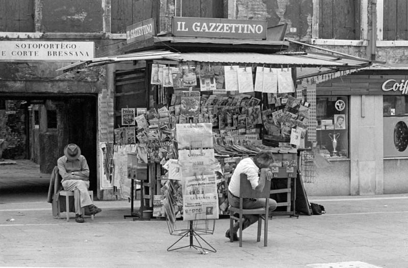 SARAH QUILL, SIESTA, CAMPO SS GIOVANNI E PAOLO, VENICE, 1975