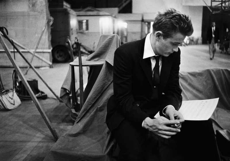 Bob Willoughby, JAMES DEAN GOING OVER HIS SCRIPT ON THE SET OF 'A REBEL WITHOUT A CAUSE', 1955