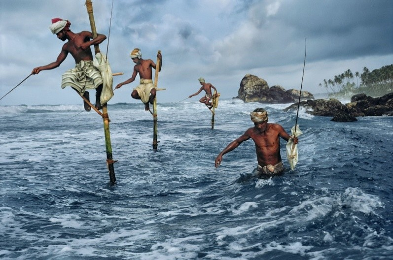 Steve McCurry, FISHERMEN, WELIGAMA, SOUTH COAST, SRI LANKA, 1995