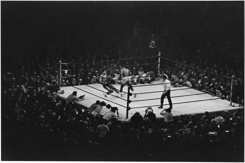 Elliott Erwitt, MUHAMMAD ALI VS JOE FRAZIER, NEW YORK CITY, 1971