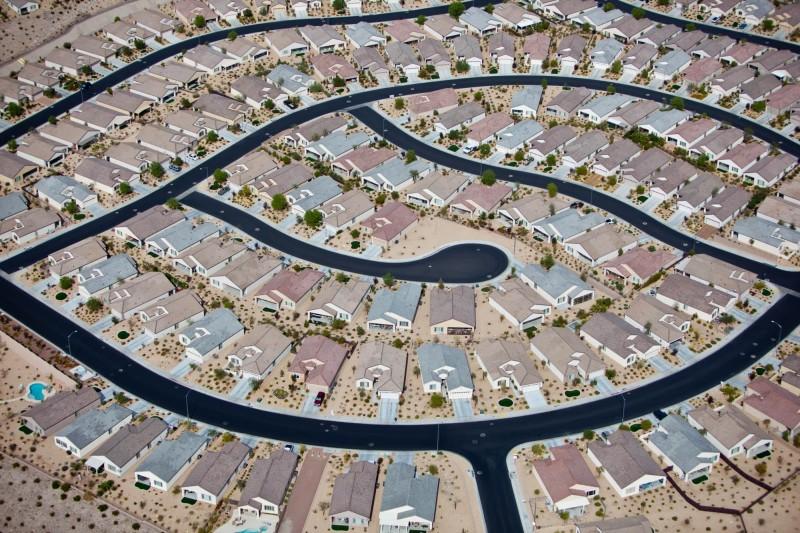 Alex Maclean, HOUSING LABYRINTH, CLARK COUNTY, NEVADA, USA, 2009