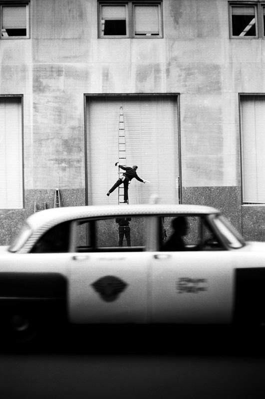 JERRY SCHATZBERG, WINDOW WASHER, BALLET, 1959