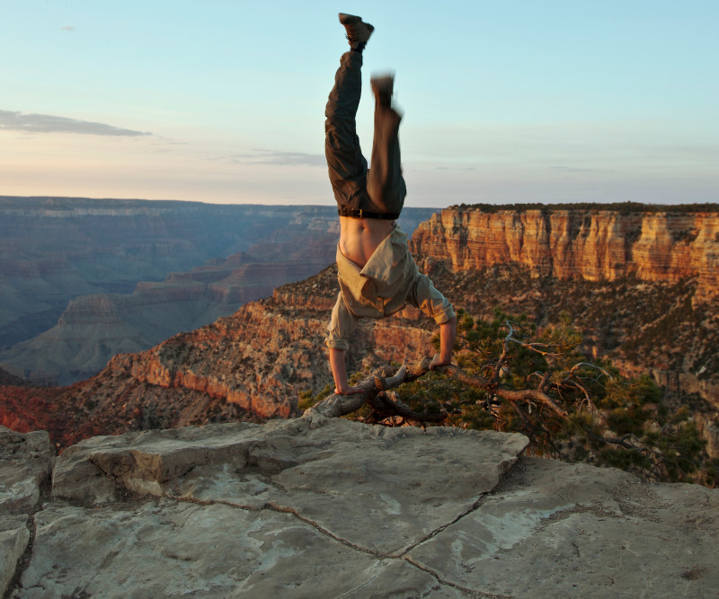 Kerry Skarbakka, GRAND STANDING (AT THE GRAND CANYON), FROM THE SERIES 'THE STRUGGLE TO RIGHT ONESSELF', 2014