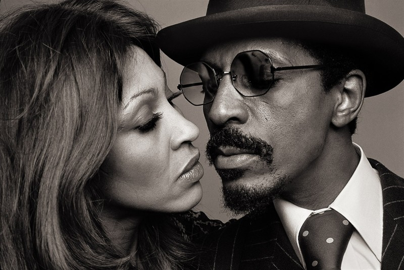 NORMAN SEEFF, IKE AND TINA TURNER, THE KISS, LOS ANGELES, 1975