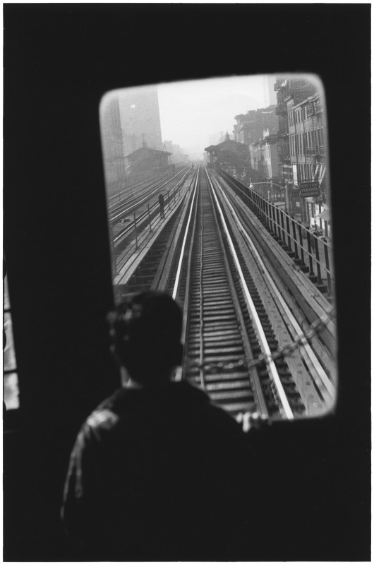 Elliott Erwitt, THIRD AVENUE EL, NEW YORK CITY, USA, 1954