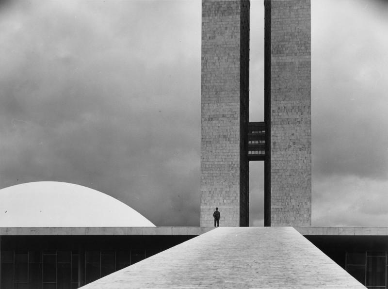Elliott Erwitt, BRASIL, BRASILIA, 1961