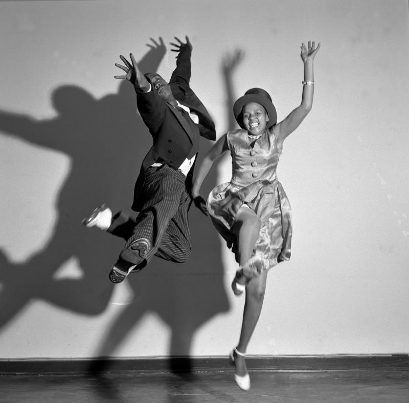 Jurgen Schadeberg, DANCING AT THE RITZ, 1952