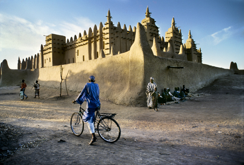 Steve McCurry, MUD MOSQUE IN DJENNE, MALI