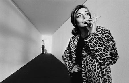 Bob Willoughby, ANNE BANCROFT AND DUSTIN HOFFMAN DURING THE FILMING OF 'THE GRADUATE', 1967