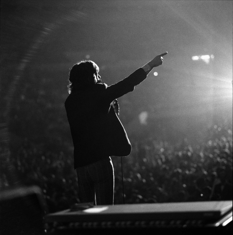 Gered Mankowitz, MICK POINTS, 1966