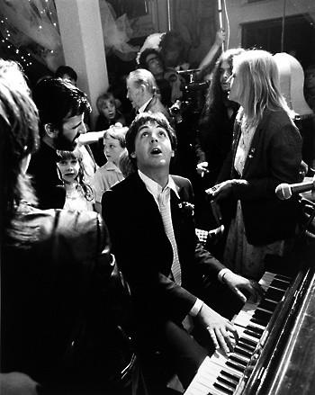 Terry O'Neill, PAUL MCCARTNEY AT RINGO STARR'S WEDDING, LONDON, 1981