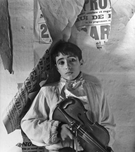Lucien Clergue, VIOLONISTE, ARLES, 1954