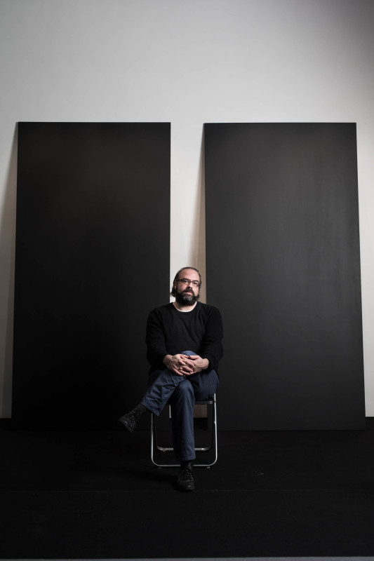 Ari Benjamin Meyers (b. 1972 in New York, United States) lives and works in Berlin.<br><br>Ari Benjamin Meyers' work explores structures and processes that redefine the performative, social, and ephemeral nature of music. His conceptual projects and installations often draw attention to concrete details of music-making otherwise taken for granted and make tangible underlying conceptual operations.<br><br>Recent works have addressed music scores, forms and arrangements of musical instruments, concert settings, and gestures of performers and conductors. At the same time, his compositions and performances seek to challenge the relationship between performer and audience, giving form to the practice of musicians and composers, and to musical structures in the context of visual art. <br>