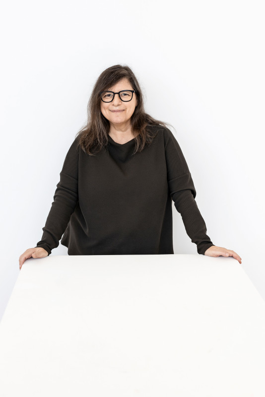 Jac Leirner was born in 1961 in Sao Paulo, where she lives and works. In 1984, she received her BFA in Fine Arts from the Fundação Armando Álvares Penteado, in Sao Paulo. <br><br>The artist was awarded numerous grants and residencies, among them: 2012 APCA Award: Best Exhibition of the Year – Estação Pinacoteca, Sao Paulo; 2012 artist in residency at the Yale UniversitySchool of Art; 2001 John Simon Guggenheim Fellowship; 1998 visiting artist at the Ryjksakademie van Beeldende Kunsten, Amsterdam; 1991 visiting artist at the University College, Oxford; 1991 visiting artist at the Ruskin School of Drawing and Fine Arts, University of Oxford; 1991 artist in residency at the Museum of Modern Art in Oxford, and the 1991 artist in residency at the Walker Art Center, Minneapolis.<br><br>Selected solo exhibitions include: <b>Wolfgang Hahn Prize</b>, Museum Ludwig, Cologne (2019); <b>Add It Up</b>, The Fruitmarket Gallery, Edinburgh (2017); <b>Institutional Ghost</b>, IMMA Dublin (2017); <b>Borders are Drawn by Hand</b>, MoCa Pavilion, Shanghai (2016); <b>Jac Leirner. Functions of a variable</b>, Museo Tamayo, Mexico City (2014); <b>Estação</b>, Pinacoteca São Paulo, Sao Paulo (2011); <b>Adhesive 44</b>, Miami Art Museum, Miami (2004); <b>Projeto Parede</b>, Museu de Arte Moderna de São Paulo, Sao Paulo (1999); <b>Directions</b>, Hirshhorn Museum and Sculpture Garden, Washington D.C. (1992), and <b>Viewpoints</b>, Walker Art Center, Minneapolis (1991)<br>