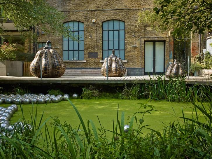 <p><span>Installation View, Yayoi Kusama,&#160;</span><em>Pumpkins</em><span>, Gallery I, Victoria Miro, 16 Wharf Road, London N1 7RW, 2014</span></p>