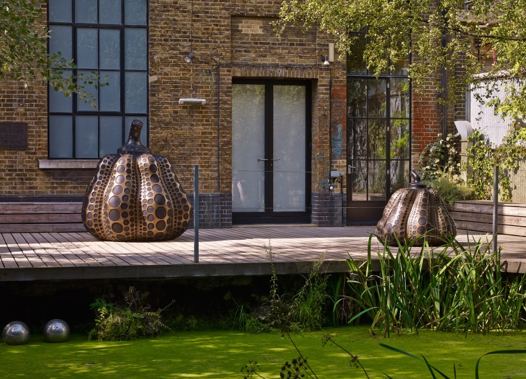 <p>Installation View, Yayoi Kusama,&#160;<em>Pumpkins</em>, Gallery I, Victoria Miro, 16 Wharf Road, London N1 7RW, 2014</p>