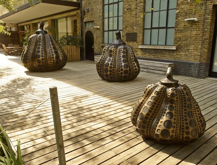 <p>Installation View, Yayoi Kusama,&#160;<em>Pumpkins</em>, Gallery I, Victoria Miro, 16 Wharf Road, London N1 7RW, 2014</p>