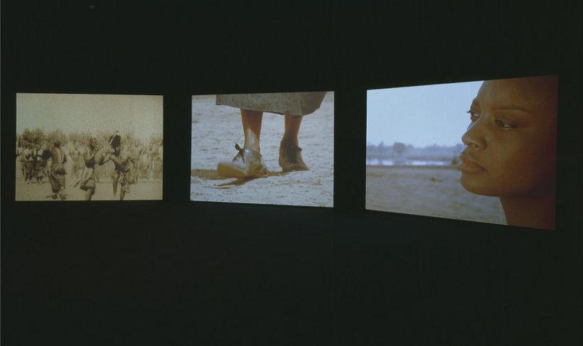 <p>Isaac Julien, Fantôme Afrique, 2005<br /><i>Triple screen projection, 16mm colour film, DVD transfer with sound, Duration 17 min</i></p>