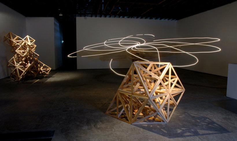 <p>Installation View, Conrad Shawcross,<em>No Such Thing As One</em>, Gallery I, Victoria Miro, 16 Wharf Road London N1 7RW, 2006</p>