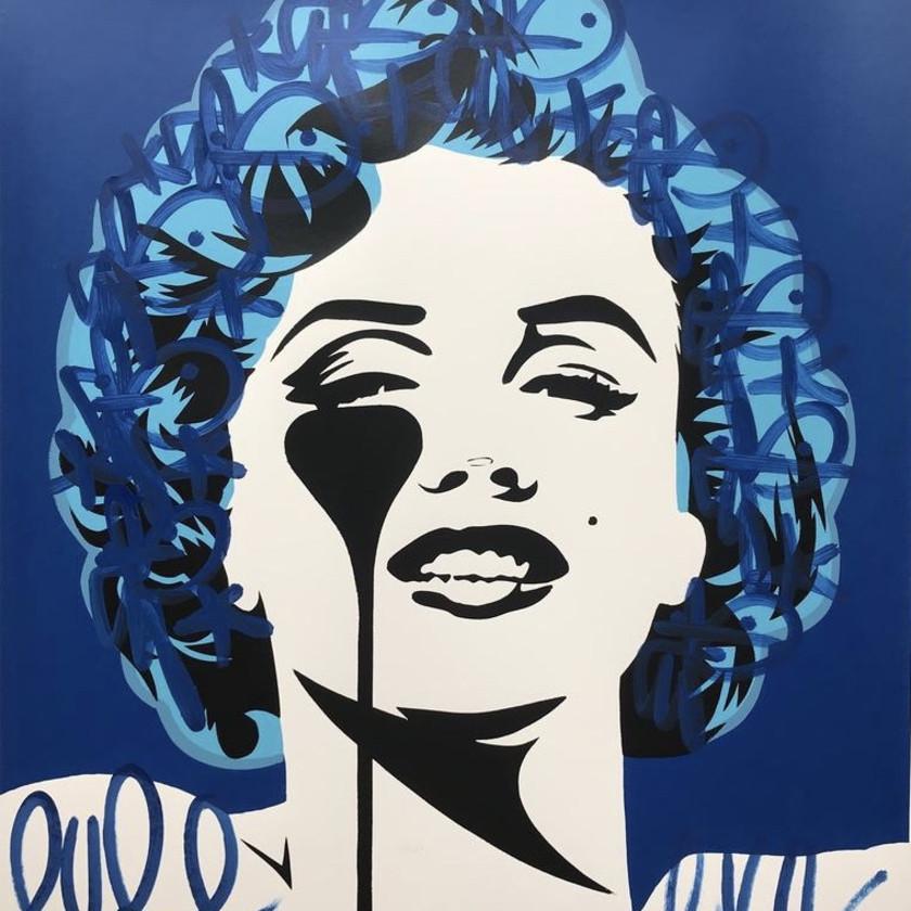 I Dream Of Marilyn - True Blue Tag