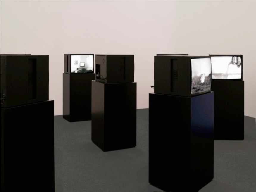 TV Interruptions (7 TV Pieces): Installation Version