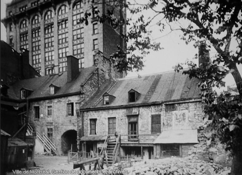 Old Court Yard, St-Vincent Street