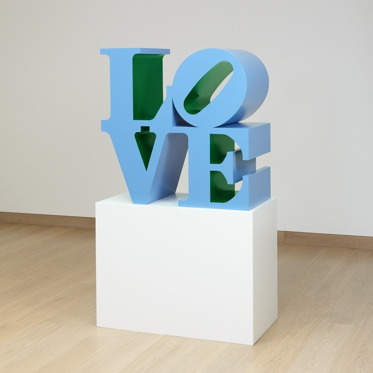 <p>Robert Indiana, LOVE (Blue outside Green inside), 1966-1999, polychrome aluminium, </p><p>36 x 36 x 18 in/ 91.4 x 91.4 x 45.7 cm</p>