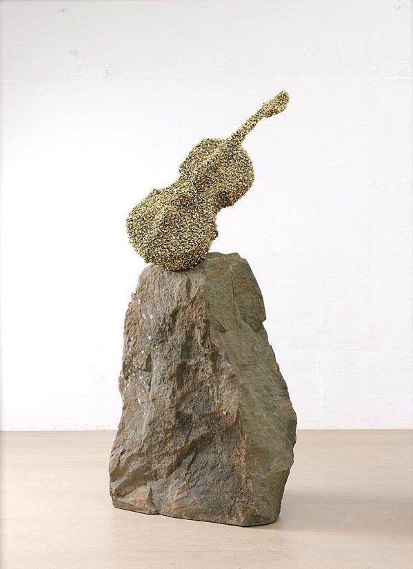 <strong>Bill Woodrow</strong>, <em>Celloswarm</em>, 2002