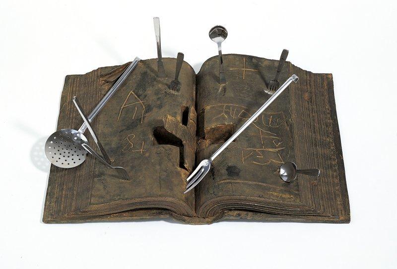 <strong>Antoni Tàpies</strong>, <em>Llibre i coberts (Book and cutlery)</em>, 1996