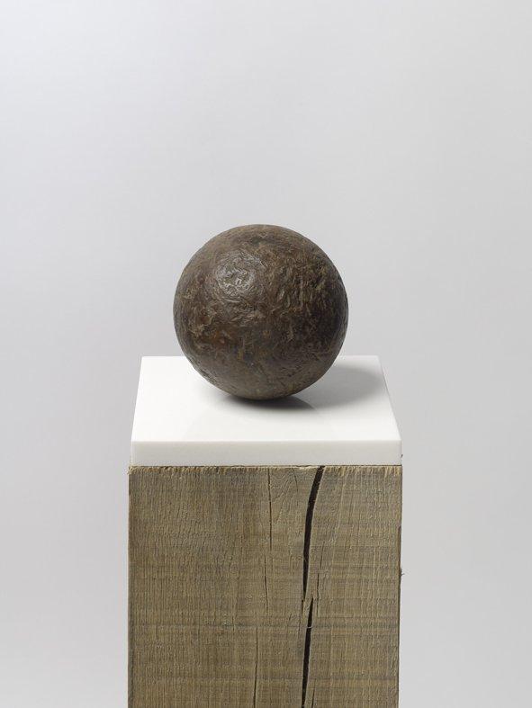 <strong>Peter Blake</strong>, <em>Found Sculpture I</em>, 2012