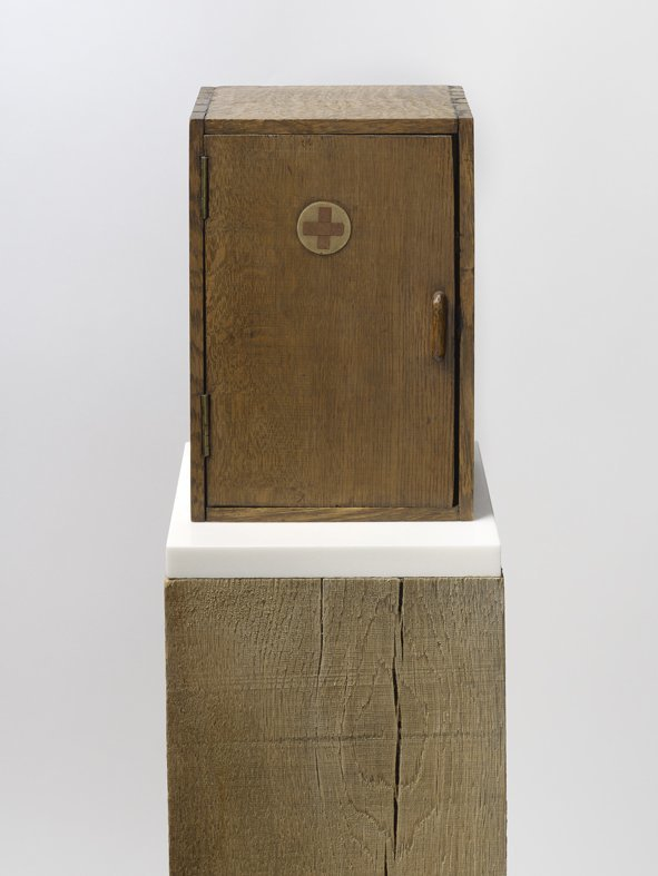 <strong>Peter Blake</strong>, <em>Found Sculpture IV</em>, 2012