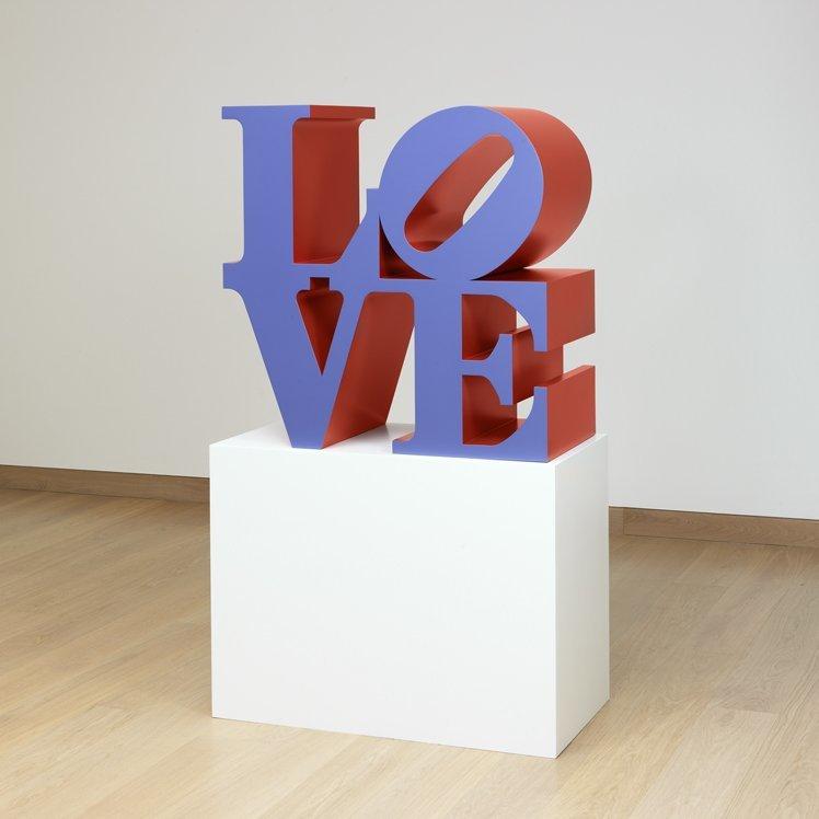 <strong>Robert Indiana</strong>, <em>LOVE (Violet faces Red sides)</em>, 1966-2000