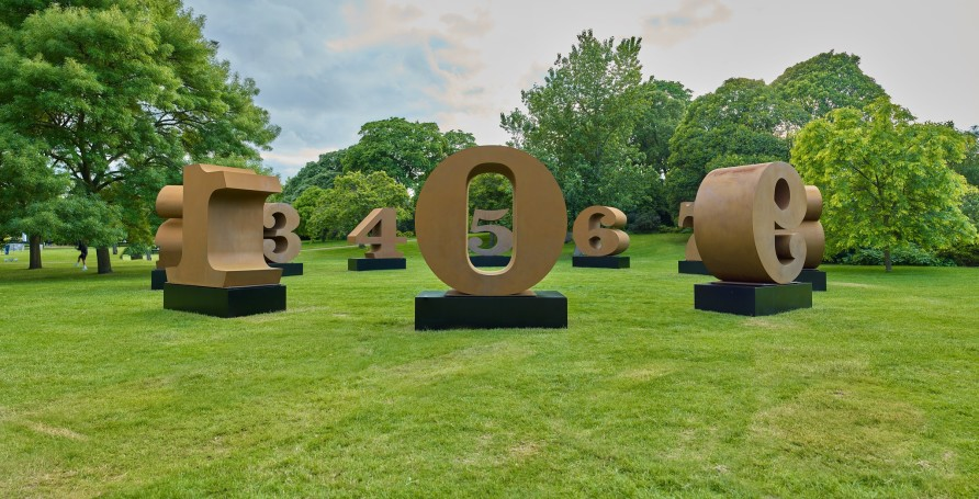Robert Indiana's ONE through ZERO is a highlight of Frieze Sculpture 2019