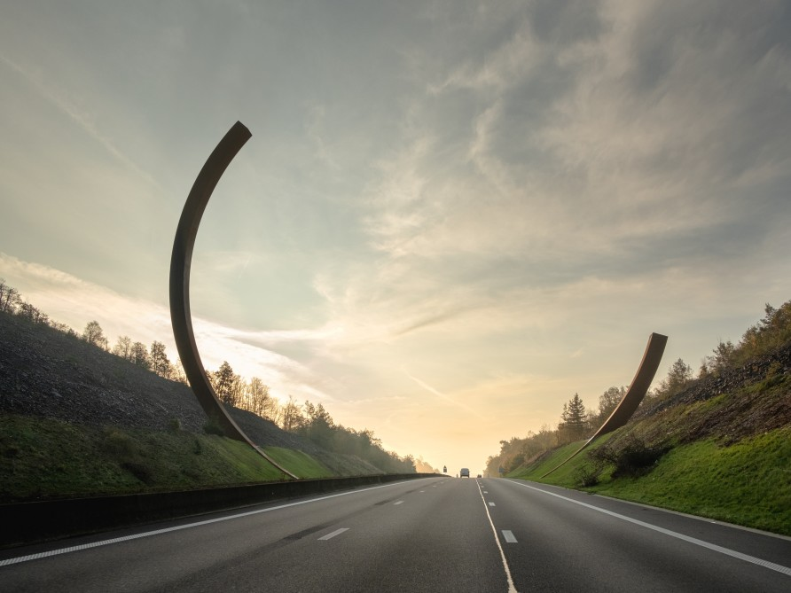 Bernar Venet, 'Arc Majeur', 2019. Photo courtesy the artist. Photographer: Charles Paulicevich.