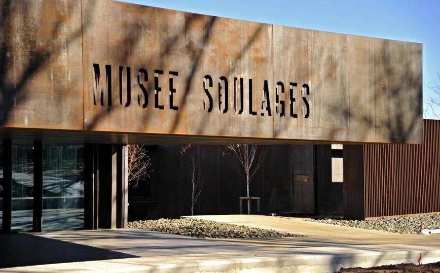 view of Musée Soulages. RCR arquitectes © photothèque Grand  Rodez crédits C. Meravilles
