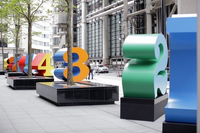 Robert Indiana: Sculpture in the City